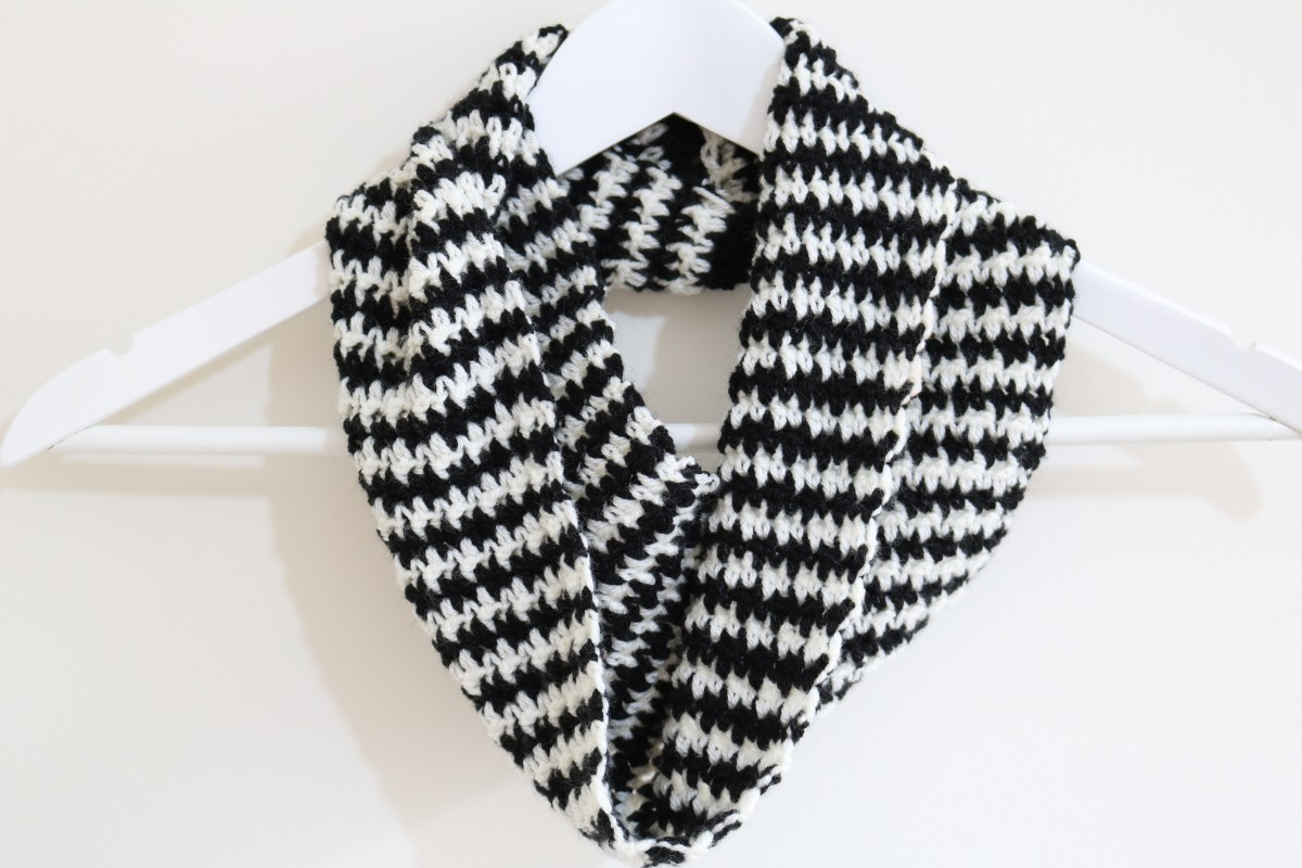 Houndstooth crochet pattern bella coco by sarah jayne houndstooth crochet pattern houndstooth cowl dt1010fo