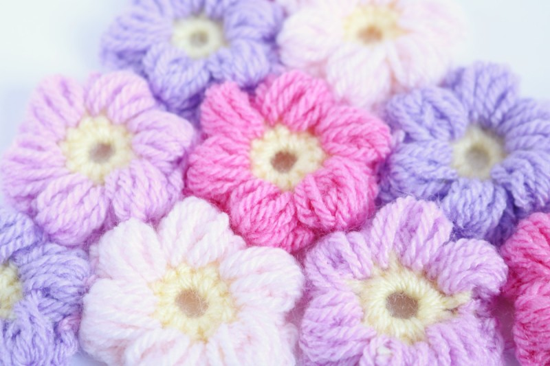 Free Pattern For The Crochet Puff Flower Beginners Tutorial